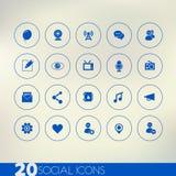 Dunne eenvoudige sociale blauwe pictogrammen op lichte achtergrond Stock Afbeeldingen