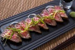 Dunne plakken van Kobe Beef Royalty-vrije Stock Afbeeldingen