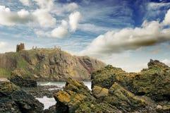 dunnotar的城堡stonehaven 免版税图库摄影