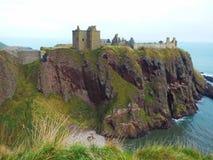 Dunnotar slott i Skottland Arkivbilder