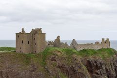 Dunnottar城堡在Stonehaven,阿伯丁,苏格兰,英国 库存照片