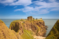 Dunnottar Castle, Aberdeenshire, Scotland. Is a spectacular ruined medieval cliff-top fortress dating to the fourteenth century and with historic connections to Stock Photo