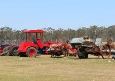 Dunolly的葡萄酒拖拉机和引擎集会主持了许多历史的引擎和机器、拖拉机和汽车 免版税图库摄影