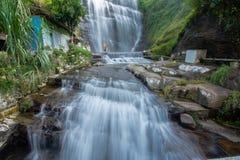 Dunsinane siklawa w Sri Lanka zdjęcie stock