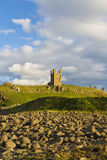 Dunstanburgh城堡 库存照片