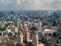 Dunstige Stadt am Nachmittag Lizenzfreies Stockfoto
