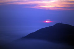 Dunstiger Himmel. lizenzfreies stockfoto