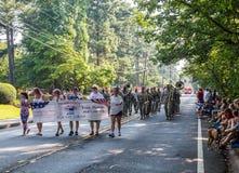 Dunwoody 4to del desfile de julio Foto de archivo libre de regalías