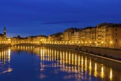 duomo Ιταλία έλξης που κλίνει τον πύργο τουριστών της Πίζας Στοκ εικόνα με δικαίωμα ελεύθερης χρήσης
