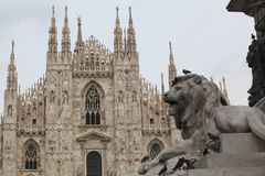 Duomo μέσα στο Μιλάνο στοκ εικόνα με δικαίωμα ελεύθερης χρήσης