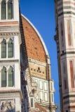 Duomo изумительн del базилики детализировало наземный ориентир maria florence fiore di экстерьера известный большинств ноча santa стоковое фото rf