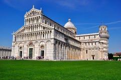 duomo Италия полагаясь башня pisa Стоковое Изображение