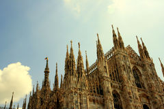 Duomo, architecture gothique de Milan Photo stock
