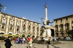 Duomo de la plaza en Catania Fotos de archivo libres de regalías