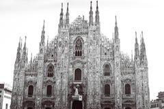 Duomo de Milano blanco y negro Foto de archivo libre de regalías