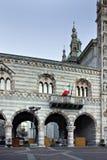 Duomo di Como (ESSO) dell'IL - la cupola, Como () Immagini Stock