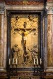 Duomo di Diena donde estatua de Jesús imagen de archivo libre de regalías