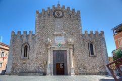 Duomo domkyrka, Taormina, Sicilien fotografering för bildbyråer