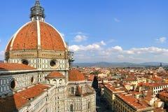 Duomo en mening van Florence van hierboven. Royalty-vrije Stock Afbeeldingen