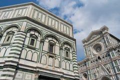 Duomo Firence Voorgevel en campanile van Duomo en prachtig stock afbeelding