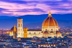 Duomo Florence på natten Royaltyfri Bild