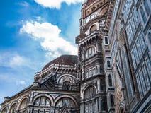 Duomo och blå himmel Arkivbild