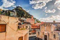 Duomo in populairste Siciliaanse toevlucht Taormina royalty-vrije stock foto's