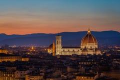 Duomo van Florence bij schemer stock afbeelding