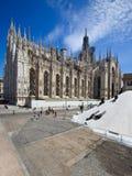 Duomodi Milano i sunlampor Royaltyfria Foton