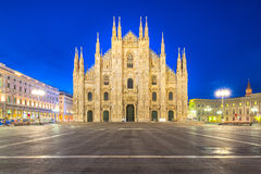 Duomoen av Milan Cathedral i Milan, Italien royaltyfria bilder