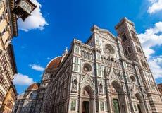 Duomokathedraal en klokketoren in Florence, Italië Stock Afbeelding