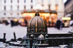 Duomomodell i Florence på karusellbakgrunden, horizo Royaltyfria Bilder