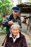 Durée postérieure de personnes âgées rurales des Chine Photos libres de droits