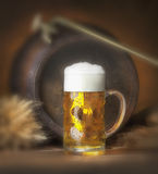 Durée toujours avec de la bière Images stock