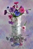 durée toujours avec des corn-flowers Photos libres de droits