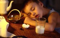 Durée toujours avec la chéri de sommeil Photos libres de droits