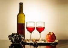 Durée toujours avec le vin rouge Image stock