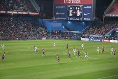 Durante el partido de fútbol fotos de archivo