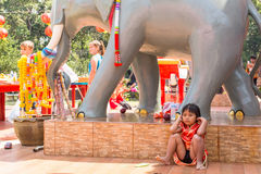 Durante o ano novo chinês da celebração no templo chinês Imagens de Stock