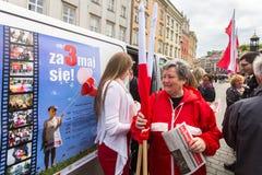 Durante o dia de bandeira da república do polonês - é o festival nacional introduzido pelo ato do 20 de fevereiro de 2004 Fotos de Stock