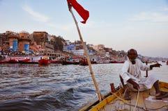 Durante un giro in barca a Varanasi, l'India Fotografia Stock Libera da Diritti