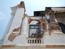 王宫由地震损坏了在Durbar广场,加德满都 免版税库存图片