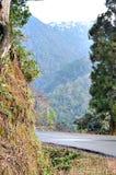 Durch Berge stockfotos