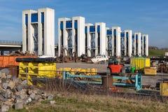 Durch chlusta w Houtribdijk i przemysłowym miejsce składowania blisko Lelystad obrazy stock