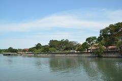 Durch den Fluss lizenzfreies stockfoto