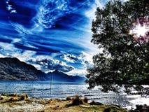 Durch den See stockfoto