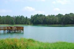 Durch den See Stockfotos
