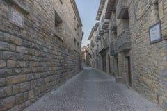 Durch die Stadt von Ainsa Stockfotos