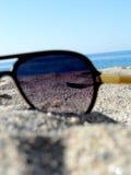 Durch Sonnenbrille Stockfotos