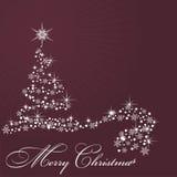 Durch Weihnachtsbaum auf Rotweinhintergrund Lizenzfreie Stockbilder